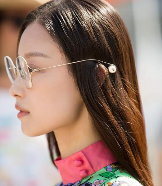 倪妮最新时尚大片曝光 文化圣地玩转文艺浪漫风